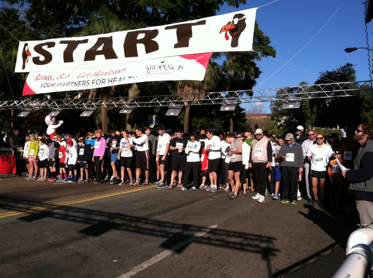 Strong Competition Highlight's 35th annual Turkey Day Run